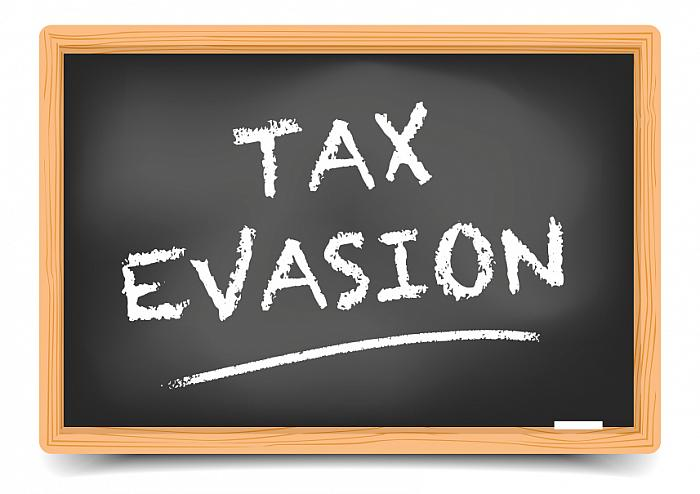 kozzi-27373366-Blackboard Tax Evasion-857x606